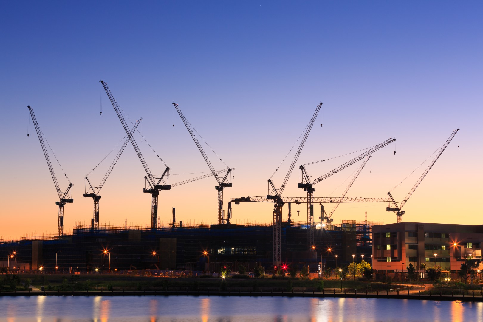 Crane numbers reflect changing housing demand